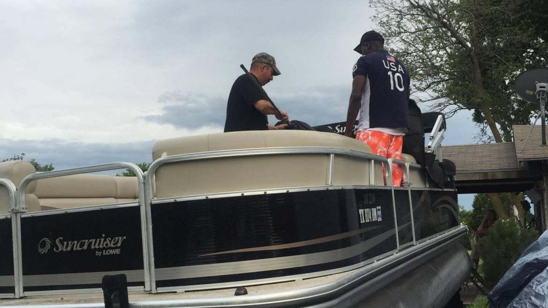 Dallas Boat Pontoon Rental Lowe SS210